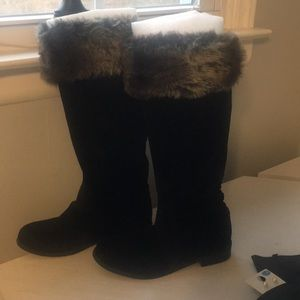 FAUX SUEDE AND FUR BOOTS